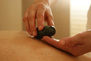 hot-stone-massage-muenchen-stein