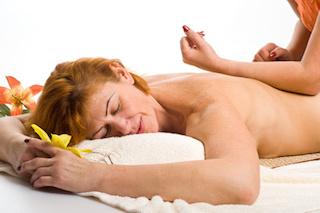 lomi-lomi-nui-massage-muenchen-ellenbogen